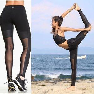 Pre-loved Alo Yoga Lean Legging